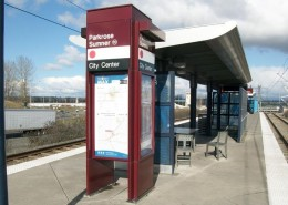 TriMet light rail double kiosk (web)